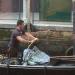 Preparing the Gondolas 1